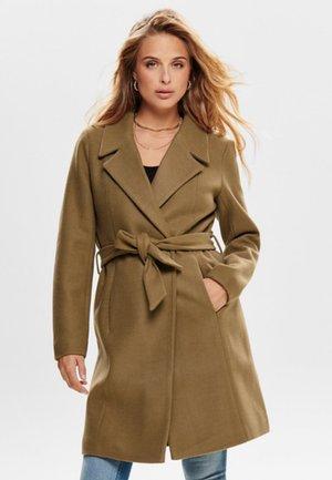 ONLREGINA COAT - Cappotto classico - camel