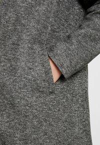 ONLY - ONLSOHO LIGHT COATIGAN  - Kort kåpe / frakk - dark grey melange - 4