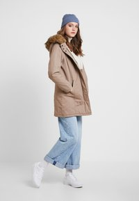 ONLY - ONLMANDY - Parka - taupe gray - 1