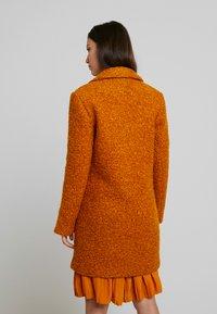 ONLY - ONLALLY  - Krátký kabát - pumpkin spice/melange - 2