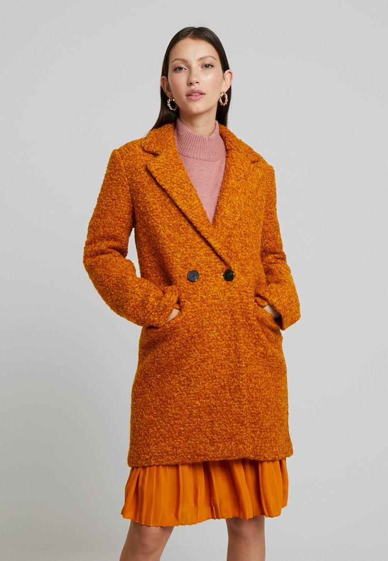ONLY - ONLALLY  - Krátký kabát - pumpkin spice/melange