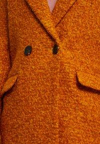 ONLY - ONLALLY  - Krátký kabát - pumpkin spice/melange - 5