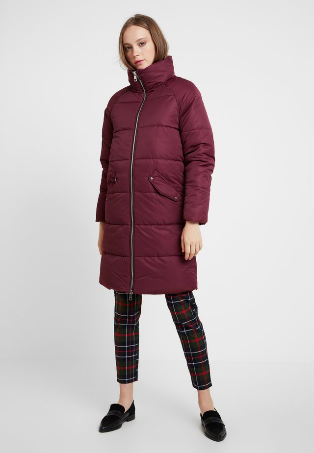 ONLJULIA QUILTED LONG COAT - Abrigo corto - tawny port