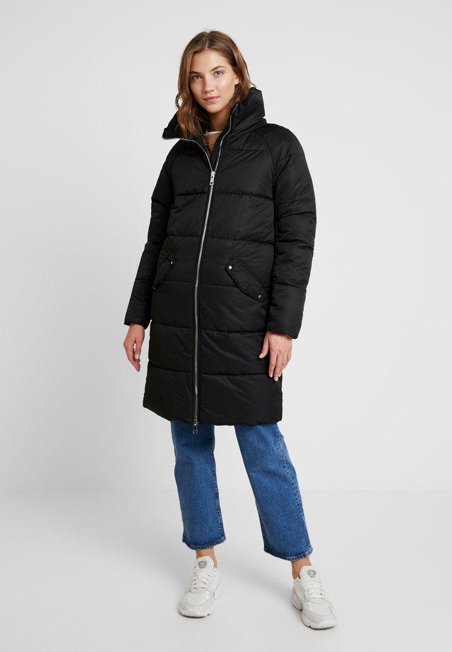 ONLJULIA QUILTED LONG COAT - Abrigo corto - black