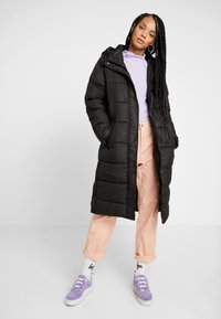 ONLY - ONLCAMMIE LONG QUILTED COAT - Winterjas - black - 0