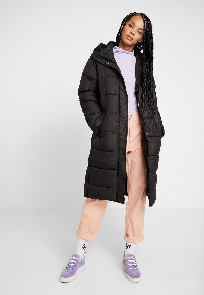 ONLY - ONLCAMMIE LONG QUILTED COAT - Winterjas - black