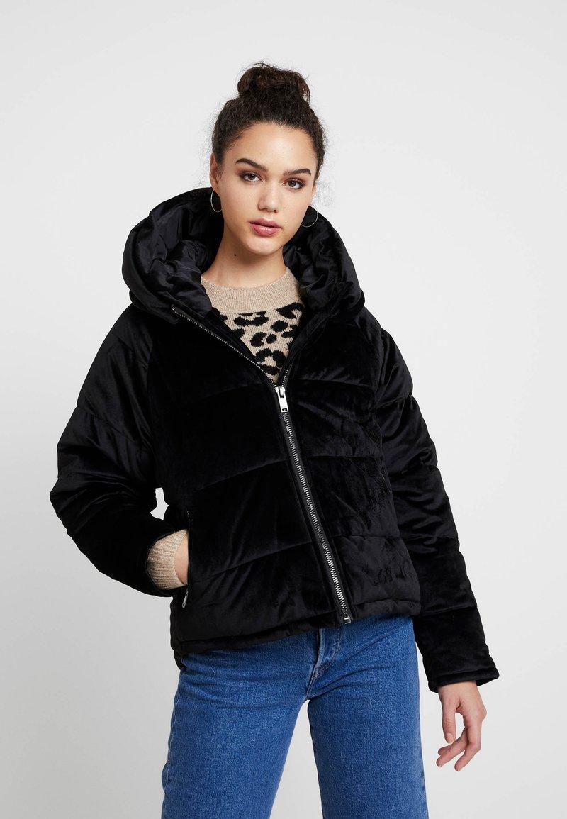 ONLY - ONLNEW PAULA OVERSIZED - Zimní bunda - black