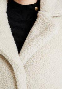ONLY - ONLEMMA COAT  - Zimní kabát - pumice stone - 5