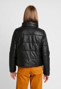 ONLY - ONLSHELA PUFFER JACKET - Zimní bunda - black - 2