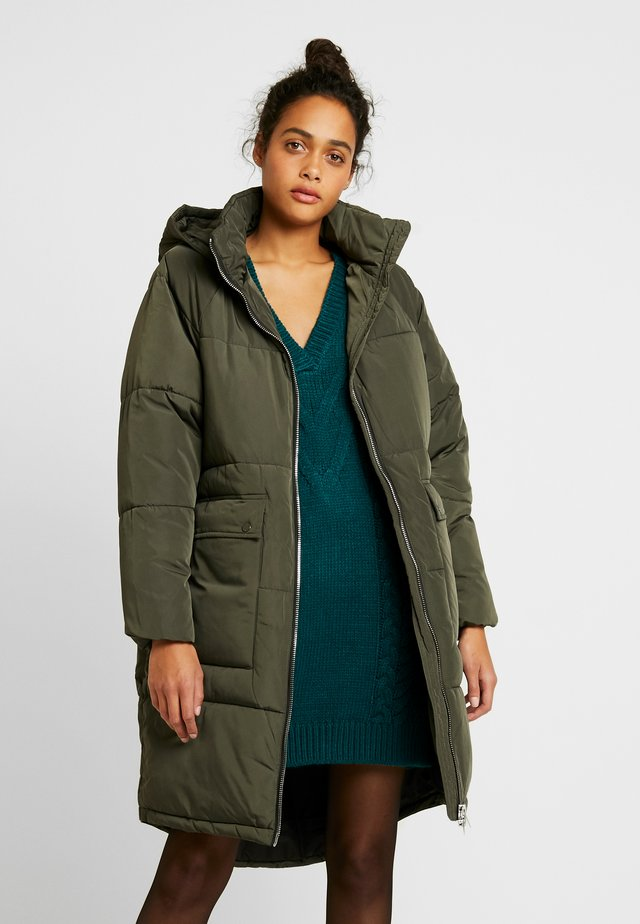 ONLGABI OVERSIZED LONG COAT - Abrigo de invierno - peat