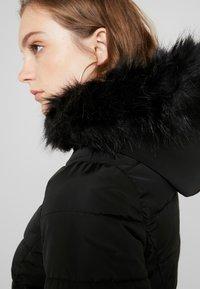 ONLY - ONLELLAN QUILTED HOOD - Krátký kabát - black - 4