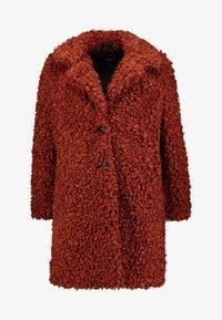 ONLY - ONLCAMILLA SHEARLING COAT - Płaszcz zimowy - burnt henna - 4