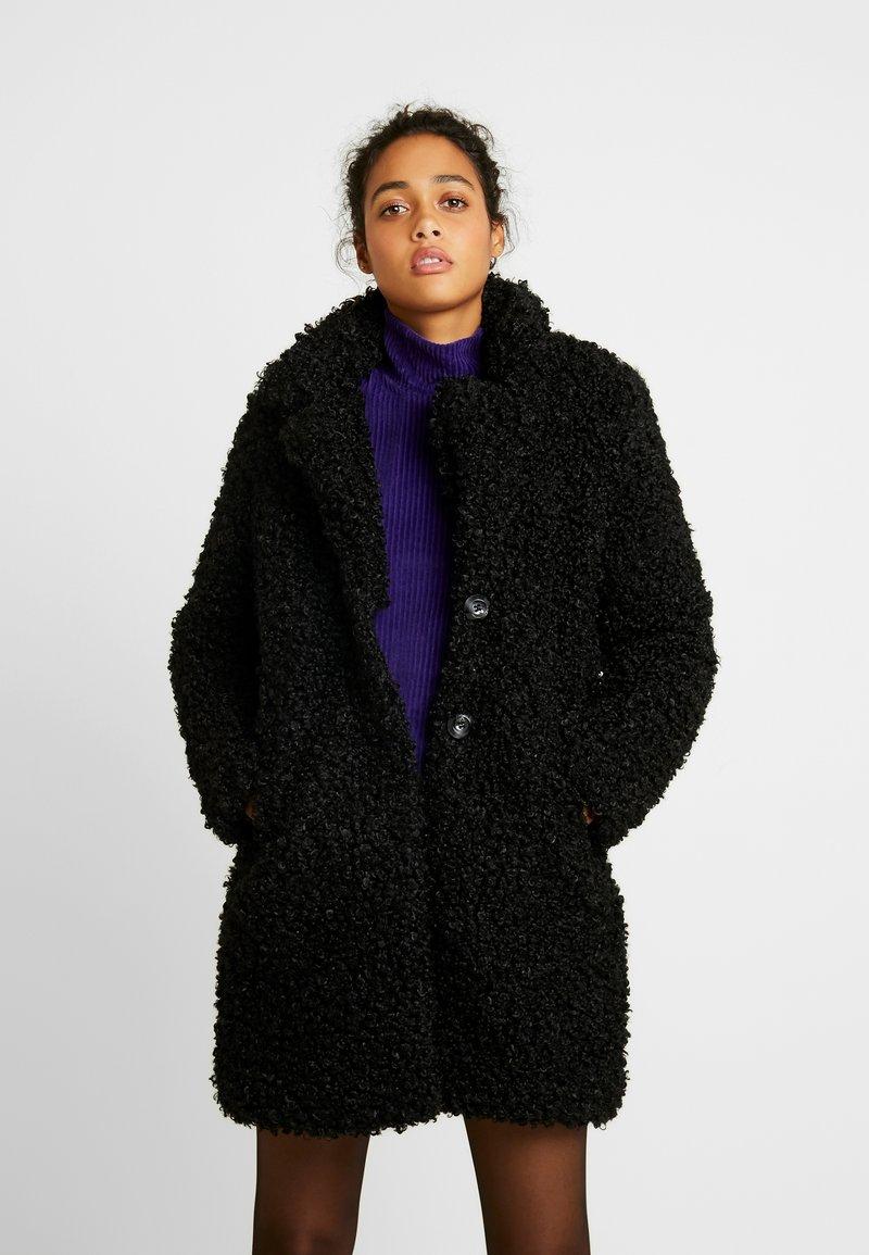 ONLY - ONLCAMILLA SHEARLING COAT - Zimní kabát - black