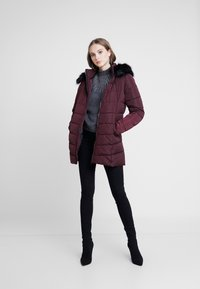 ONLY - ONLMINEA QUILTED HOOD - Talvitakki - port royale - 1