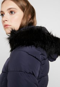 ONLY - ONLMINEA QUILTED HOOD - Zimní kabát - night sky - 4