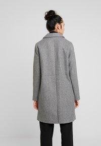 ONLY - ONLVERONICA - Płaszcz wełniany /Płaszcz klasyczny - medium grey melange - 2