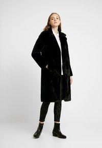 ONLY - ONLASHLEY COAT - Płaszcz zimowy - black - 0