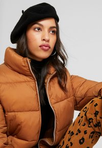 ONLY - ONLNINA QUILTED - Winter jacket - toasted coconut - 3