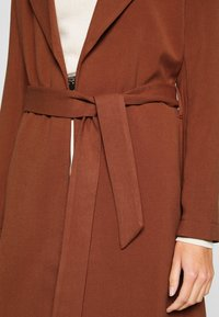 ONLY - ONLPENELOPE - Classic coat - brown patina - 6