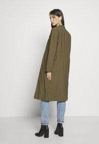 ONLY - ONLSILLE DRAPY LONG COAT - Manteau classique - kalamata - 2