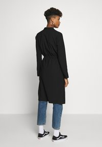 ONLY - ONLSILLE DRAPY LONG COAT - Kappa / rock - black - 2