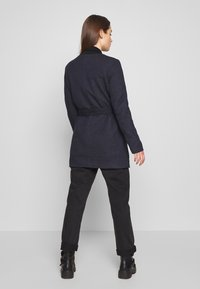 ONLY - ONLSEOUL LIGHT COAT  - Kort kåpe / frakk - night sky - 2