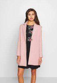 ONLY - ONLAYA COAT - Halflange jas - adobe rose - 0
