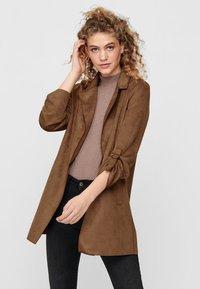 ONLY - Halflange jas - brown - 0