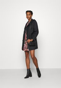 ONLY - ONLMEGAN  - Trench - black - 1