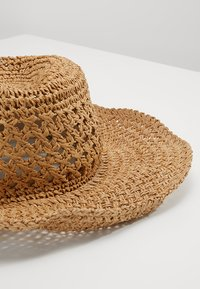 ONLY - ONLCATHRINE HAT - Hatte - natural - 5