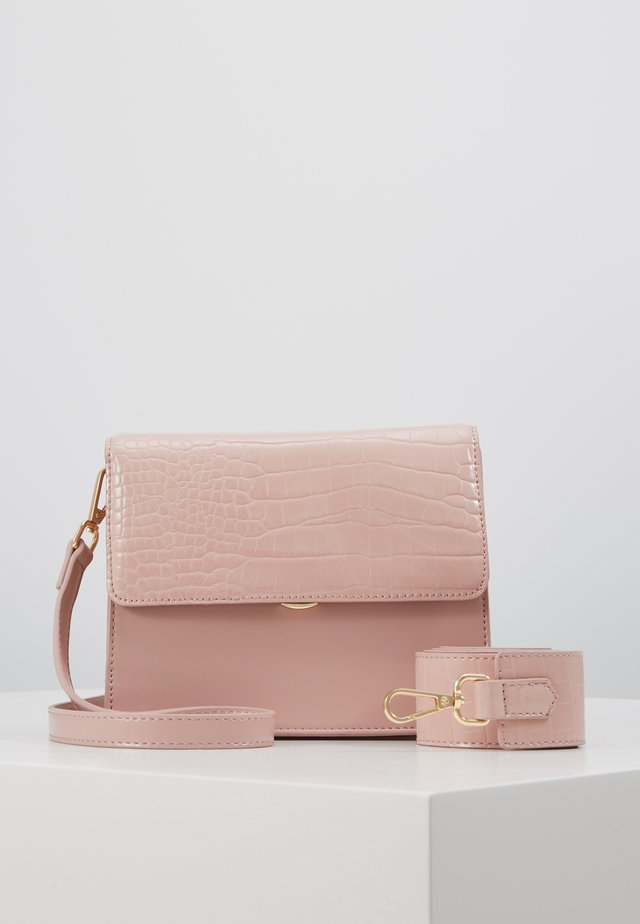 ONLSARAH CROSS BODY BAG - Across body bag - nude