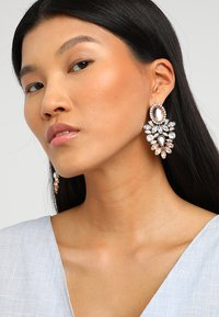 ONLY - ONLSAPPA STATEMENT EARRINGS - Øreringe - gold-coloured - 1