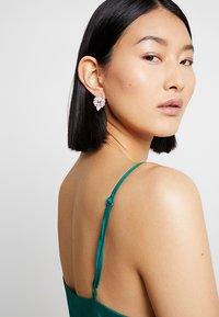 ONLY - Boucles d'oreilles - blush - 1