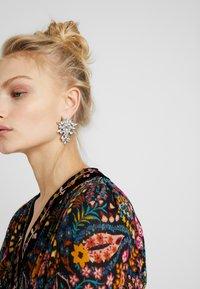 ONLY - ONLIBINA EARRING - Earrings - silver-coloured - 1