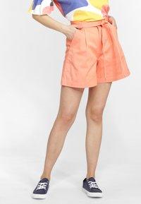 O'Neill - OCEAN MISSION - Shorts - orange - 0
