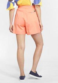 O'Neill - OCEAN MISSION - Shorts - orange - 2