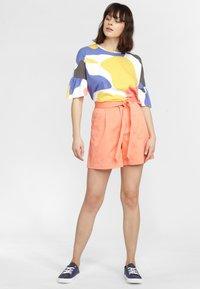 O'Neill - OCEAN MISSION - Shorts - orange - 1