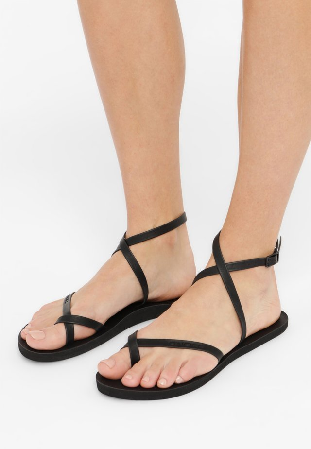 BATIDA SUN - Tongs - black