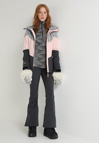 O'Neill - JACKET - Veste de snowboard - strawberry cream - 1