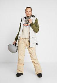 O'Neill - CYLONITE JACKET - Snowboardová bunda - opaline - 1