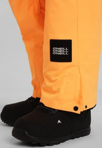 O'Neill - CARGO PANTS - Skibroek - orange - 4