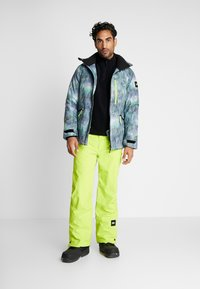 O'Neill - HAMMER PANTS - Talvihousut - lime punch - 1