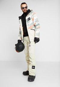 O'Neill - TEXTURED JACKET - Snowboardjas - beige - 1
