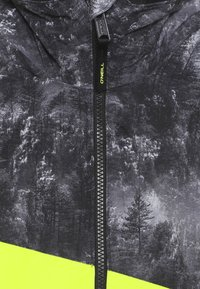O'Neill - HALITE JACKET - Snowboardová bunda - green - 4