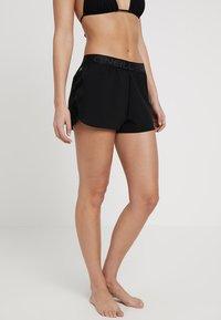 O'Neill - BEACH HYBRID SHORTS - Shorts da mare - black out - 0