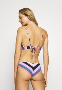 O'Neill - MAOI MIX BOTTOM - Bikinibroekje - red/blue - 2