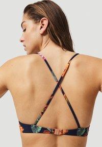 O'Neill - BAAY MIX - Bikinitop - blue/pink - 3