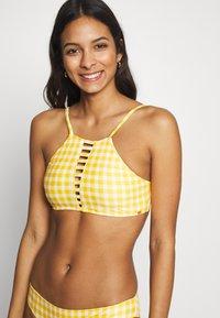 O'Neill - SOARA MAOI SET - Bikinier - yellow/white - 2