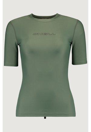 PW ESSENTIAL - Surfshirt - vert