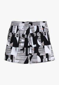 O'Neill - STRIKE OUT SHORTS - Shorts da mare - black/white - 1